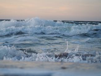 Winterliche Wellen der Ostsee